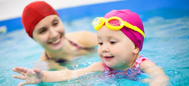 Wie schädlich ist Chlor im Schwimmbad für Kinder?